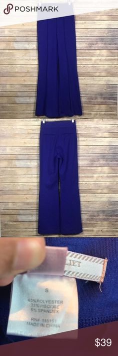 H6 Romeo & Juliet Couture Sz Small Wide Leg Pants H6 Romeo & Juliet Couture Size Small Wide Leg Pants. Good condition. See pictures for details and measurements. Romeo & Juliet Couture Pants