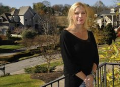 Suit alleges fraud by officers of Brentwood homeowners association