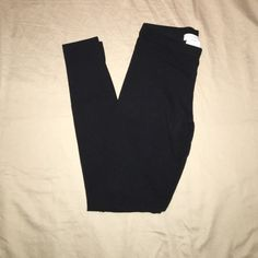 Black Forever 21 Leggings Just a plain black pair of leggings from Forever 21! Nothing wrong with them I just have 2 pairs so I'm selling one! Size is a small but since they're leggings they stretch and can also be for an X-small as well! Just your everyday ordinary legging! Forever 21 Pants Leggings