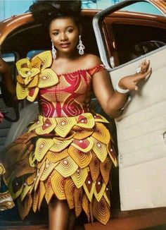 African fashion is available in a wide range of style and design. Whether it is men African fashion or women African fashion, you will notice. Ankara Dress Styles, Kente Styles, African Print Dresses, African Dresses For Women, African Attire, African Women, Ankara Gowns, African Fashion Ankara, Latest African Fashion Dresses