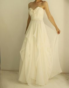 A line Sweetheart Chiffon Beach Wedding Dress