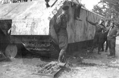 Great photo showing real size of Maus
