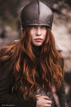 Parrucca Donna Medievale Guinevere Travestimenti Costume Racconti di OLD ENGLAND Parrucca