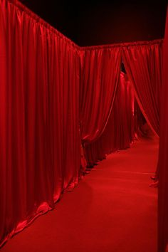 Lavish red curtains for a chic spring wedding. Rouge Paris, Red Wallpaper, Simply Red, Secret Rooms, Red Rooms, Red Curtains, Bedroom Curtains, Aesthetic Colors, Shades Of Red