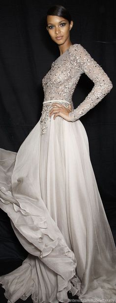 Elie Saab Haute Couture /lnemnyi/lilllyy66/ Find more inspiration here: http://weheartit.com/nemenyilili/collections/22262382-like-a-lady