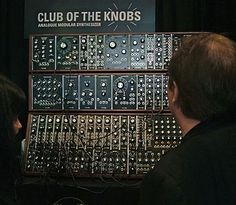 Club of the knobs - analogue modular synthesizer
