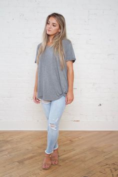 Mae Top + Everest & Co + Grey Top + T-Shirt Top + Women's Fashion + Summer Style + Comfy Clothes Cute Summer Dresses, Dresses For Teens, Cute Dresses, Summer Clothes, Cute Cheap Outfits, Cute Clothes For Women, Junior Fashion, College Fashion, Spring Outfits