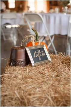 #wedding, #country, #gifttable, #fall