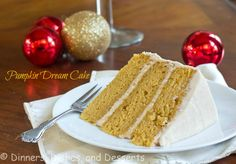 Pumpkin Dream Cake with Cinnamon Buttercream Frosting| @dinnersdishesdessert