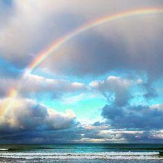 Weekend getaway  #liveinvictoria #lorne #greatoceanroad #friends #fun #beach #rainbow #clouds #australia by dandelion_daylesford