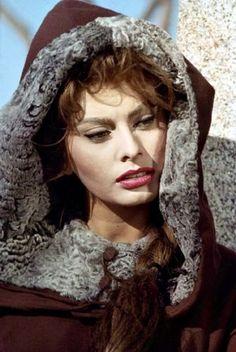 Sophia Loren - Sophia Loren Photo (16267562) - Fanpop