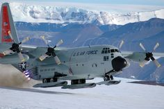 Ski Bird - The Lockheed is a ski-equipped United States Air Force variant of the Hercules used in the Arctic and Antarctic. Ten are currently in service with the Airlift Wing of the New York Air National Guard. C130 Hercules, Ac 130, Us Military Aircraft, Air Machine, Us Air Force, National Guard, Antarctica, Fighter Jets, Fighter Aircraft