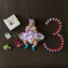 Monthly Baby Photos, Baby Girl Photos, Baby Pictures, Baby Shower Photography, Newborn Baby Photography, Baby Boy Quotes, Baby Gallery, Foto Baby, Cute Baby Videos