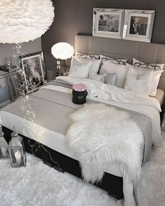 57 Ideas house beautiful bedrooms master suite dream homes Glam Bedroom, Cozy Bedroom, Home Decor Bedroom, Modern Bedroom, Bedroom Wall, Girls Bedroom, Bedroom Ideas, Gypsy Bedroom, 1980s Bedroom