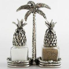 Pineapple kitchen Decor - Pineapple Decor for Kitchen. Tropical Kitchen, Pineapple Kitchen, Tropical Home Decor, Tropical Interior, Tropical Houses, Tropical Furniture, Pineapple Palm Tree, Pineapple Room, Cork