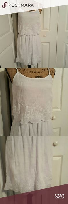Oh So Cute Charlotte Russe Dress NWOT White Charlotte Russe w/Button Up Back, Elastic Waist and Adjustable Straps....bottom has lining Charlotte Russe Dresses