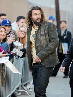 Jason Momoa Photos Photos - Jason Momoa is seen at 'Jimmy Kimmel Live' on January 26, 2017. - Good lord
