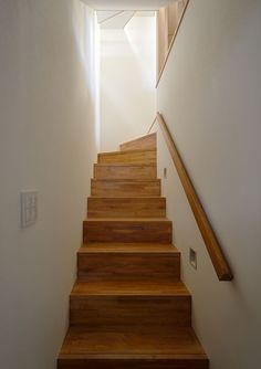 取手アイデア Stair Handrail, Banisters, Railings, Stair Makeover, Stairs, Interior, Room, Furniture, Ideas