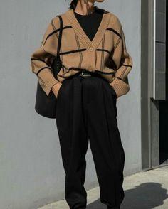 Aesthetic Fashion, Look Fashion, Aesthetic Clothes, Fashion Outfits, Classy Fashion, Fashion Pants, Modern Mens Fashion, Aesthetic Outfit, Young Fashion