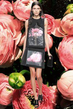 20140219-oqvloves-lfw-gifs-oqvLondon Fashion Week