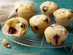 Cheesecake-Stuffed Blueberry Muffin