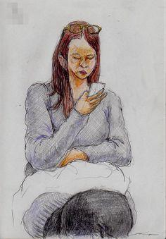 『頭にメガネを掛けたお姉さん(通勤電車でスケッチ)』 It is a sketch of a woman wearing a gray shirt. I drew on the train going to work towards the company.