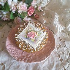 A lovely gift, keepsake cookie by Teri Pringle Wood