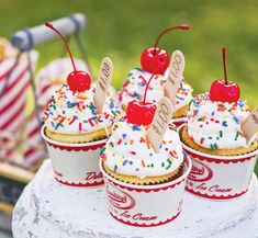 {Vintage Style} Back to School Bake Sale Theme // Hostess with the Mostess®