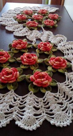 set of 4 pieces for bathroom wool hook handmade carpet decoration Crochet Flower Patterns, Crochet Motif, Crochet Doilies, Crochet Flowers, Crochet Vintage, Crochet Bedspread, Crochet Table Runner, Crochet Decoration, Crochet Home