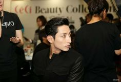 Lee Soo Hyuk for STEVE J&YONI P-2014 S/S Collection