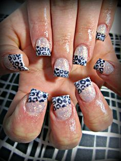 I don't like fake nails, but love this!