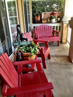 Country porch red furniture je