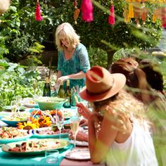 Annabel Langbein – Official website of The Free Range Cook – Cooking TV series Dinner With Friends, Great Friends, Cranberry Beans, Cooking Tv, Eat Seasonal, Call My Dad, Dinner Themes, Spring Party, Free Range