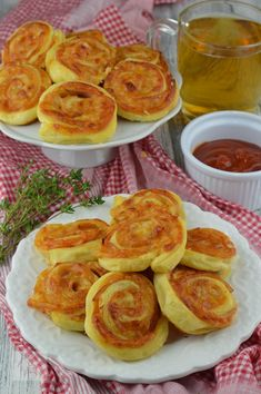 Puff Pastry Recipes, Tasty, Yummy Food, French Toast, Food And Drink, Pizza, Dishes, Cooking, Breakfast
