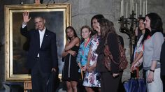President Obama arriving in Cuba | President Obama to Meet Raul Castro After Historic Arrival in Cuba ...