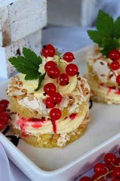 Kakkuviikarin vispailuja!: Brita-leivokset punaherukalla