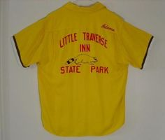 "RARE ESTATE FOUND VINTAGE 1950s MEN'S ""BOWLRITE"" BRAND GOLDEN YELLOW RAYON ""LITTLE TRAVERSE INN STAE PARK"" RACCOON IMAGE EMBROIDERED MONOGRAMMED ""DICK"" BOWLING TEAM SHIRT!"