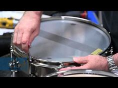 John Good brings you into the DW Assembly Line to show you how he suggests tuning your drums, regardless of the brand. He tunes 3 different types of drums: T. Drum Sheet Music, Drums Sheet, Drum Lessons, Music Lessons, Drum Tuning, Cajon Drum, Drums Beats, Drum Cover, Recording Studio Home
