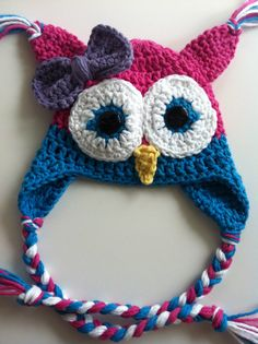 Little Girl Crochet Owl Hat @Jan Kloppenburg have to add a bow to brynns!!!
