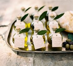 Wedding favor ideas + inspiration to help you ditch the favors guests will toss and give them something unique that they'll want to keep! Cute favor ideas, sustainable wedding favors, food favors, DIY wedding favors and other favors that guests will love! Wedding Favors And Gifts, Italian Wedding Favors, Honey Wedding Favors, Creative Wedding Favors, Inexpensive Wedding Favors, Cheap Favors, Rustic Italian Wedding, Wedding Souvenir, Rustic Wedding Favors