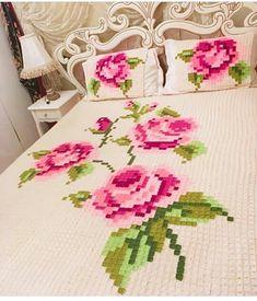 . #photo @kadriyeebudak . #pinterest#alinti#excerpts#hobby #örgü#örgümodelleri#tığişi#elişi#motif #crochet#embroiderylove#instafollow #ganchillo#mandala#kırlent#like34like #knittersofinstagram##instalike#goblen #bedspread#rose#çeyiz#homedecor #instalove#knittingblanket#blanket #grannysquare#instagood