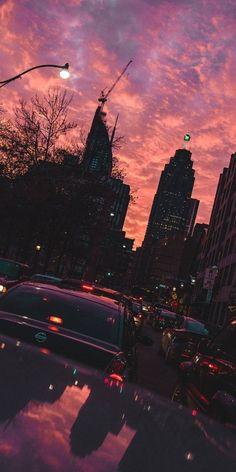 Plimbai cu mașina pe cei care s-au plimbata cu tine pe jos View Wallpaper, Iphone Wallpaper, City Aesthetic, New York Skyline, Places To Visit, Street View, Sunset, World, Pictures