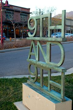Salt Lake's 9th and 9th (900 E and 900 South) neighborhood is a fun place to catch an art film, grab middle eastern food, a delicious locally brewed coffee or buy an orchid.
