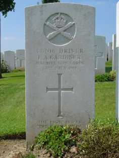 The Grave of Edmund Gardiner in Bagneux British Cemetery