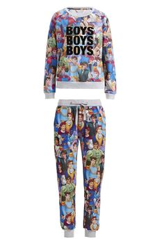 Peter Alexander Boys Boys Boys Sweater and Hunks Easy Pj Pant Colour: Multi Details Every Disney Princess needs her Prince Charming! Now you can have them all with this pyjama top and pyjama pants crafted from a soft fleecy fabric. Other features include an elasticised rib cuffs, hem and waistband, with draw cord, scoop neck and Boys, Boys, Boys placement print. You don't have to pick your favorite Disney hunk...just have them all! Line Number: 819864 and 819865 Fabric: 60% Cotton 40% Poly
