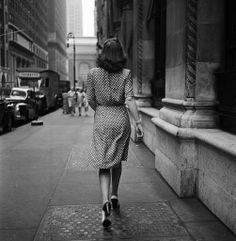 Woman in a polka pot dress NYC (1946) - Photographed by Stanley Kubrick