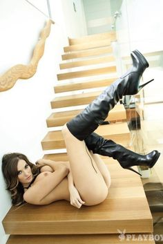 Pinned onto Juicy Girls wear BootsBoard in Girls in High Heels Category Sexy Boots, High Boots, Black Boots, Ballet Shoes, Dance Shoes, Lingerie Heels, Boots And Leggings, Western Girl, Black High Heels