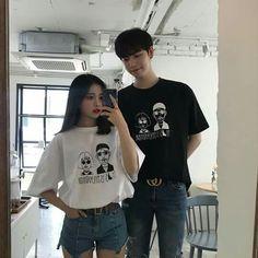 Mode Ulzzang, Korean Boys Ulzzang, Ulzzang Couple, Ulzzang Girl, Boy And Girl Best Friends, Korean Best Friends, Matching Couple Outfits, Matching Couples, Ulzzang Fashion