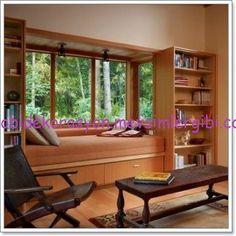 cam önü okuma köşesi http://hobidekorasyon.mevsimlergibi.com/pencere-cam-onu-divankoltuk-dekorasyonu/