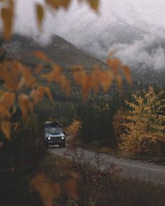 Travel pictures adventure wilderness 43 New ideas Fall Inspiration, Autumn Aesthetic, Summer Aesthetic, Autumn Cozy, Autumn Rain, Adventure Photography, Travel Photography, Artistic Photography, Photography Ideas